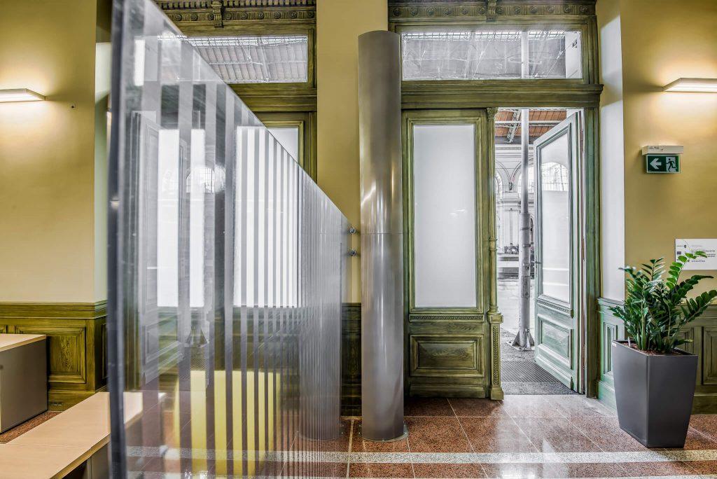 open door air curtain